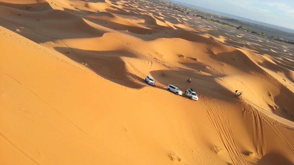 Si no has surcado las dunas en un todo terreno, te falta una gran aventura por vivir.